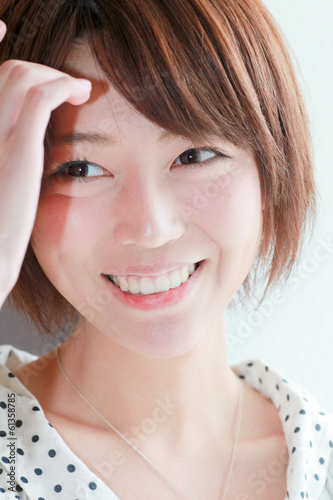 A young woman / Cosmetics image / Feeling and expression