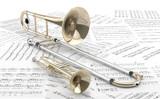 Trombón y Trompeta sobre partituras 2