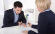 Business Situation: Vorstellungsgespräch mit zwei Personen
