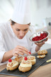 Chef preparing pastries for restaurant - 61365529