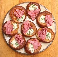 Yorkshire Puddings with Beef & Horseradish
