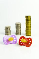 Geld und Baby-Schnuller