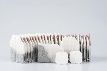 Bolsas de té, con etiquetas en blanco para texto