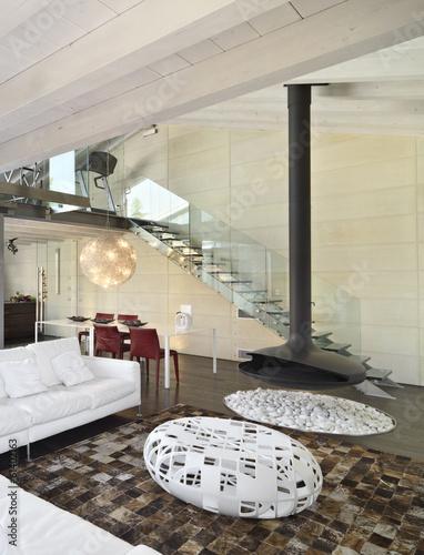soggiorno moderno con camino di ferro   Buy Photos   AP Images ...