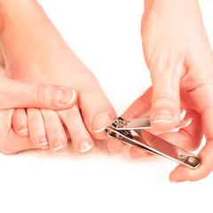 Soin des pieds (se couper les ongles)