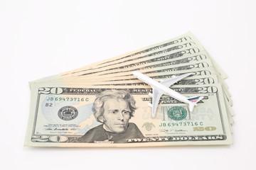 20ドル紙幣と飛行機