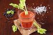 tomatensaft mit sellerie