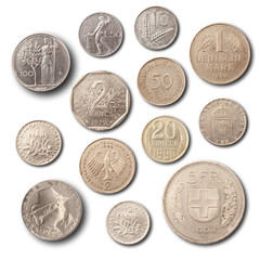 monete su fondo bianco