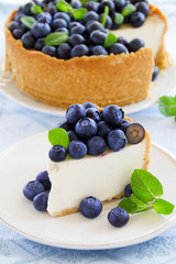 Cheesecake with blueberries.