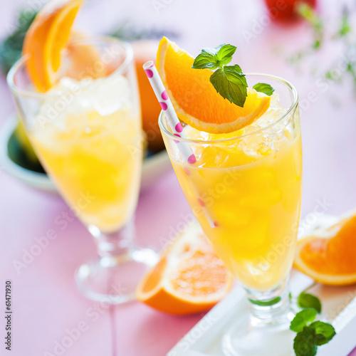 Eisgekühlter Orangensaft