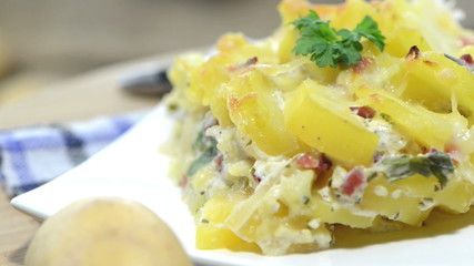 Homemade Potato Gratin (loopable full HD video)