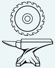 Circular saw blade and anvil