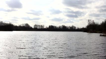 Wellen auf einem See