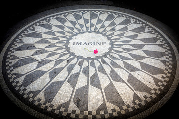 Imagine Sign in New York Central Park, John Lennon Memorial