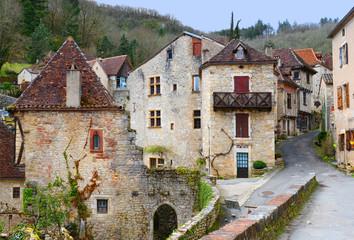 Ansicht von Saint-Cirq-Lapopie / Südfrankreich