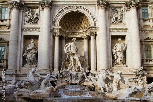 Trevi Fountain - 61509720