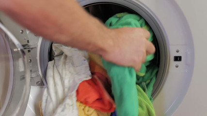 Removing clean clothes from a washing machine
