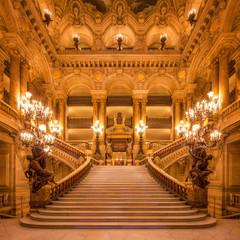 Treppenhaus in der Oper