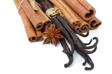 Vanilla, cinnamon and star anise spices