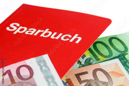 Sparbuch und Euro - Banknoten