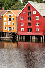 Historische Speicherhäuser am Nidelv in Trondheim