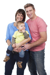Glückliche Kleinfamilie mit Kleinkind - happy family with toddle