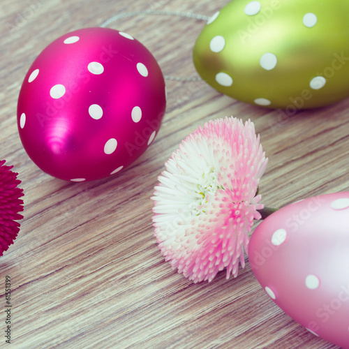easter eggs with daisy flowers