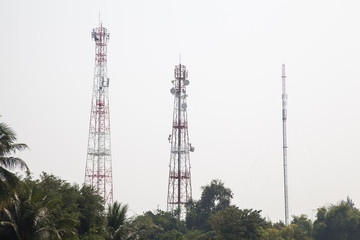 Telecommunications transmission towers