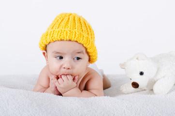 Baby mit Eisbär