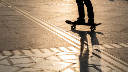 Silhouette skateboard