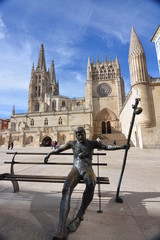 Escultura peregrino Catedral de Burgos (Camino de Santiago)
