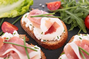 canape, bread and prosciutto