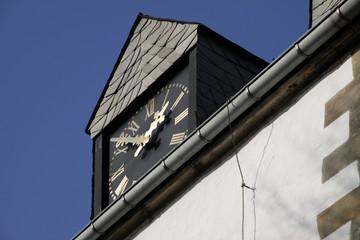 Turmuhr der Kirche in Silixen