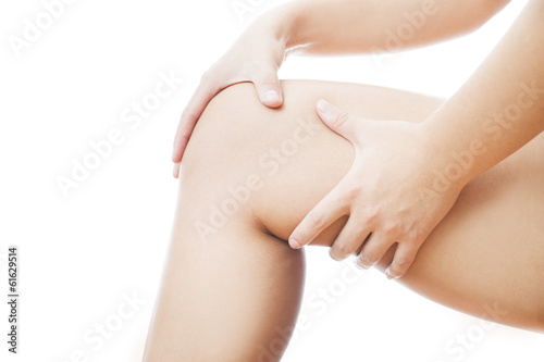 Knee pain in woman