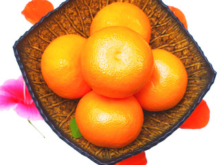 Oranges in tray