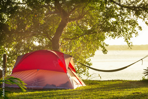 Foto op Canvas Kamperen Tent in camping