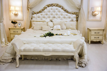 Luxury antique bed with roses