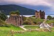 Leinwanddruck Bild - Le château du Loch Ness en Ecosse