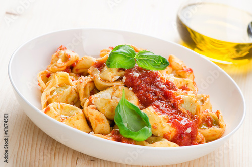 Tortellini with tomato sauce and cheese