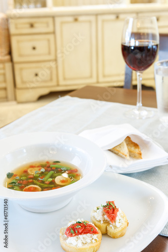 Vegetable soup with savoury bread