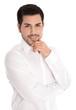 Gesicht attraktiver junger Mann isoliert in Hemd weiß