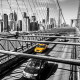 Taxi cab crossing the Brooklyn Bridge in New York - 61714956