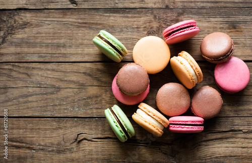 Papiers peints Macarons Traditional french desert macaroons