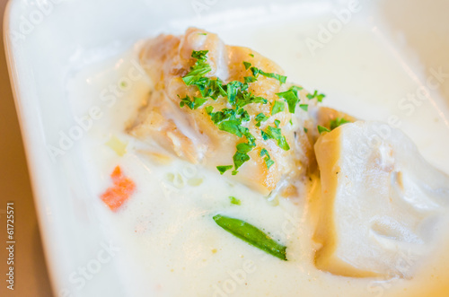 Fish with white sauce and mushroom