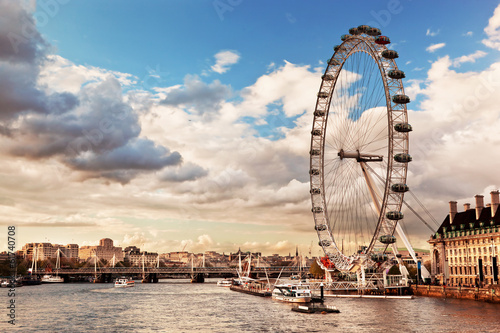 Fototapety, obrazy : London, England the UK skyline. The River Thames