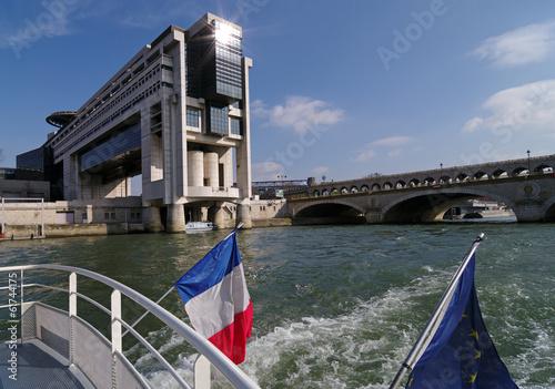 Papiers peints Paris Ministère et pont de Bercy