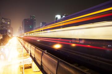 Lightrail f skytrain in Bangkok