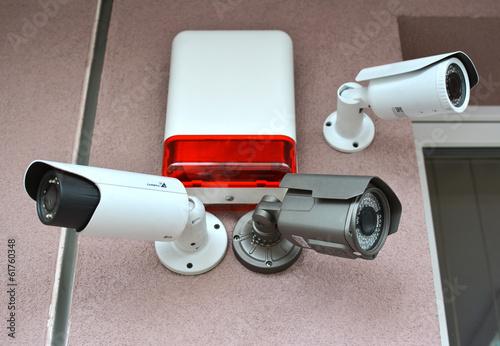CCTV - 61760348