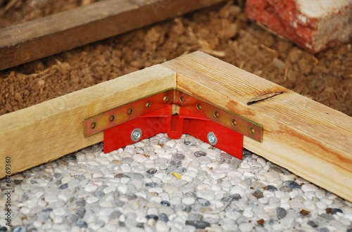 Red Corner Clamp with Corner Bracket