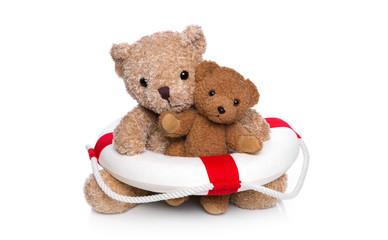 Mutter und Kind Teddybär isoliert im Schwimmkurs